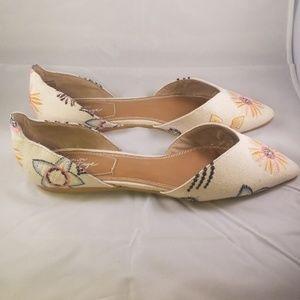 Crown Vintage Kourtnee Flats Size 8